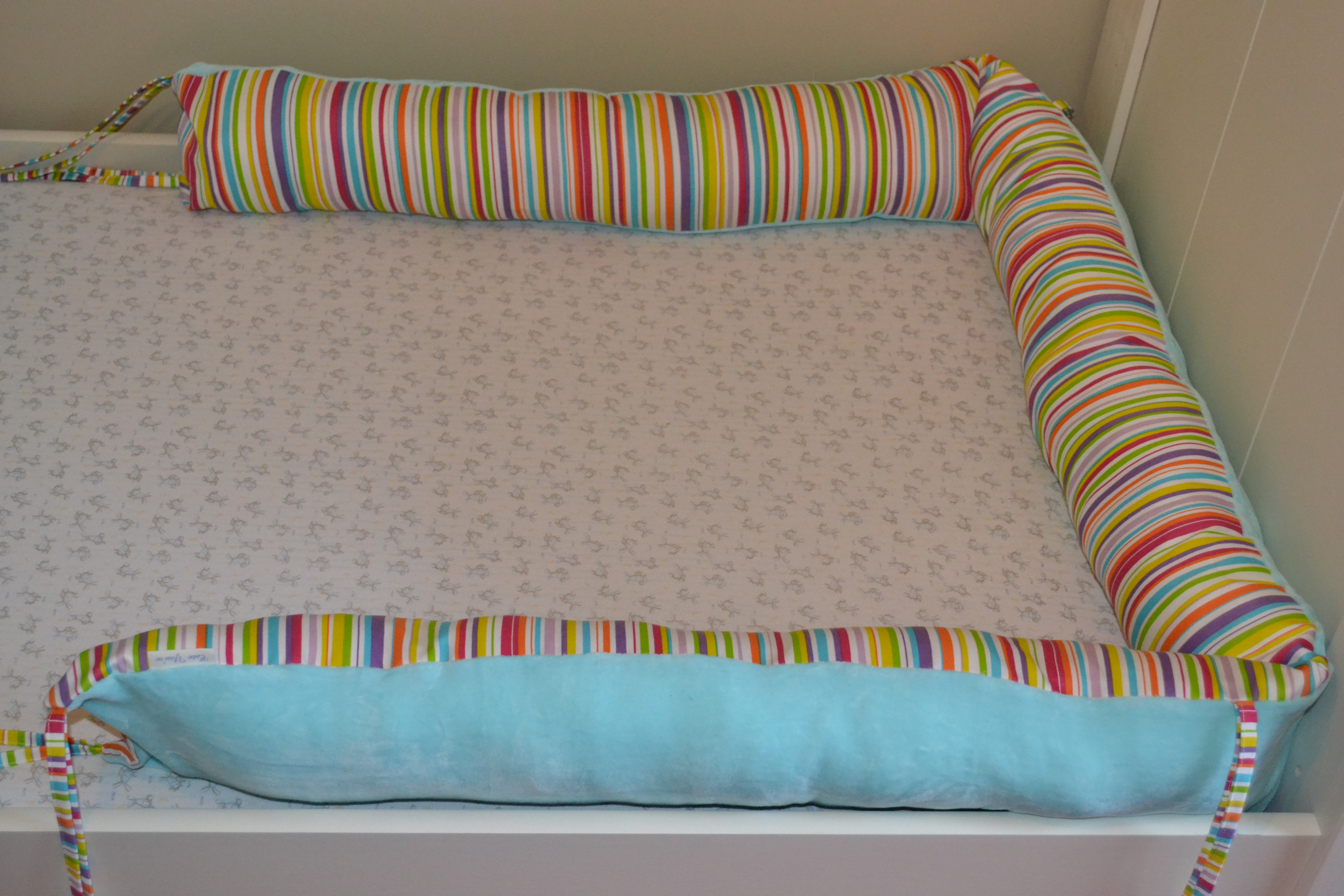 tour de lit cute you 39 re. Black Bedroom Furniture Sets. Home Design Ideas